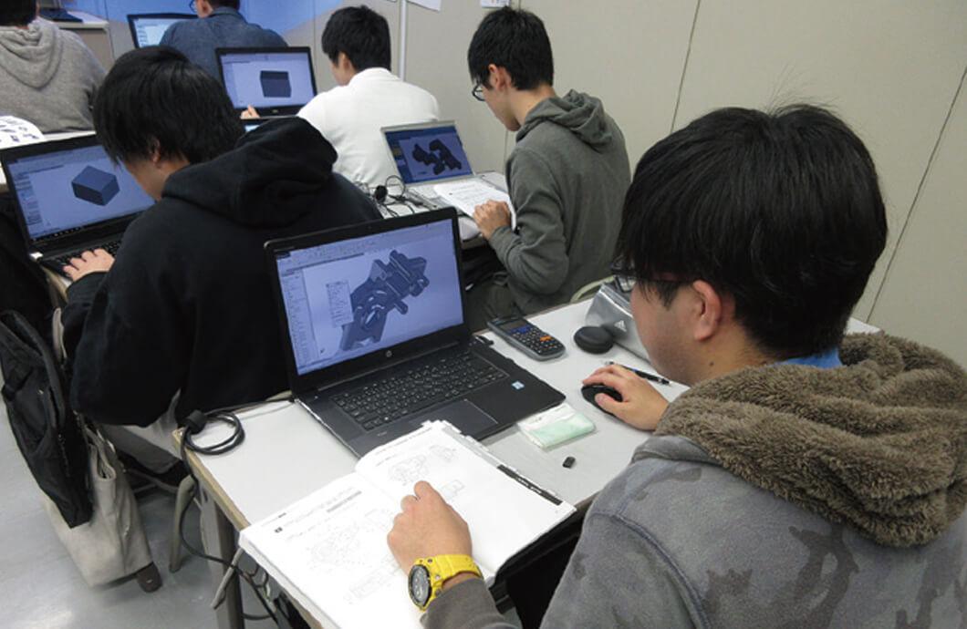 3D モデリングⅠ 授業風景