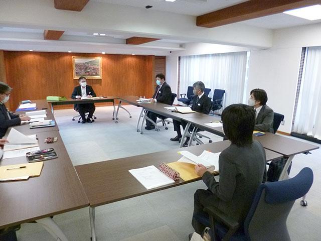 第一回教育課程編成委員会会議風景