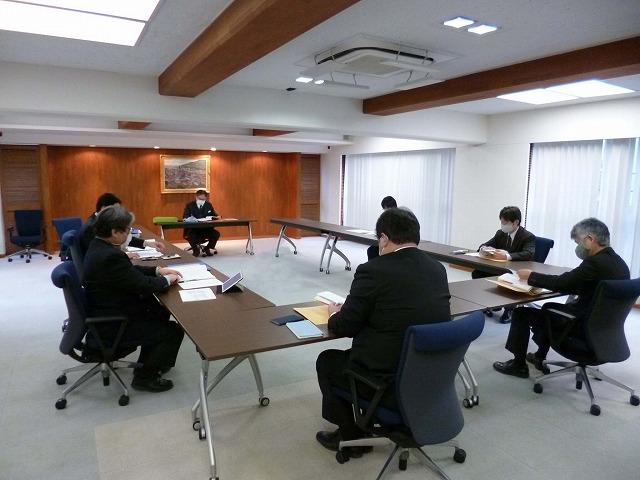 第二回教育課程編成委員会を開催しました(工業専門課程・商業実務専門課程)